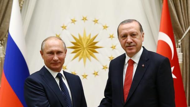 استقبال اردوغان از رئیس جمهور روسیه در کاخ ریاست جمهوری ترکیه